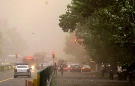 آمادگی مناطق 22 گانه شهرداری تهران در پی هشدار وقوع طوفان