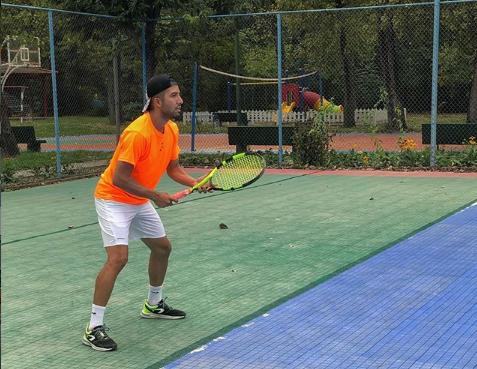 یزدی: کمبود مسابقات بین المللی نقطه ضعف اصلی تنیس ایران است