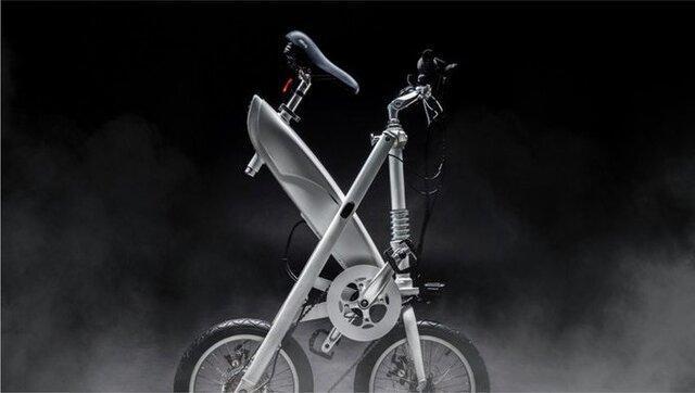 دوچرخه برقی که یک ثانیه ای تا می گردد