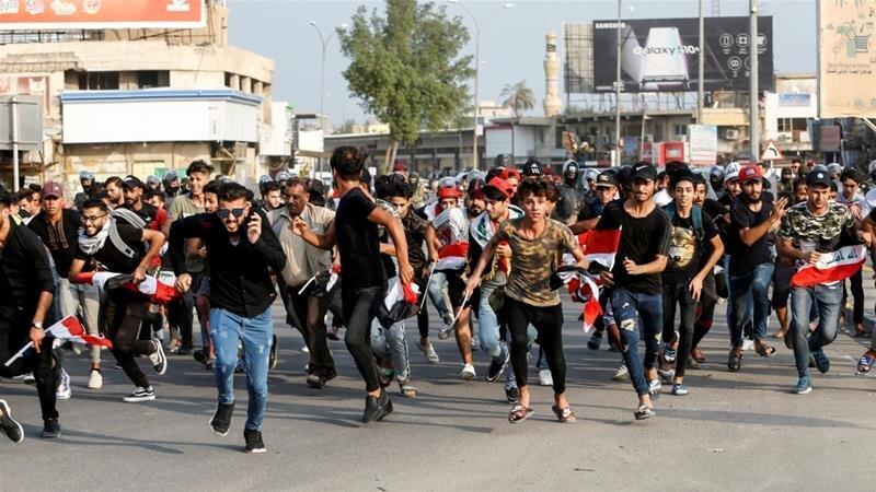 برقراری ممنوعیت رفت و آمد در بغداد در پی ادامه اعتراض ها