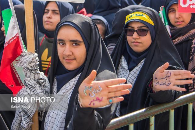 حاجی میرزایی: مردم ایران در مقابل استکبار می ایستند