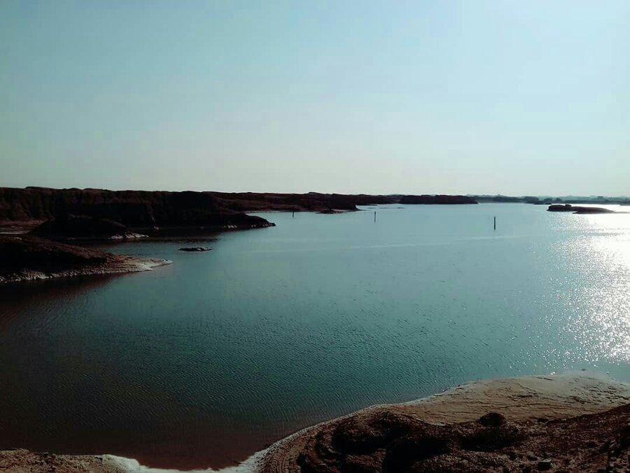 فیلم ، ظهور معجزه آسای دریاچه ای جوان در میان کویر لوت