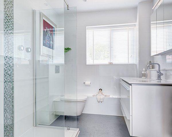برترین ایده های طراحی حمام کوچک