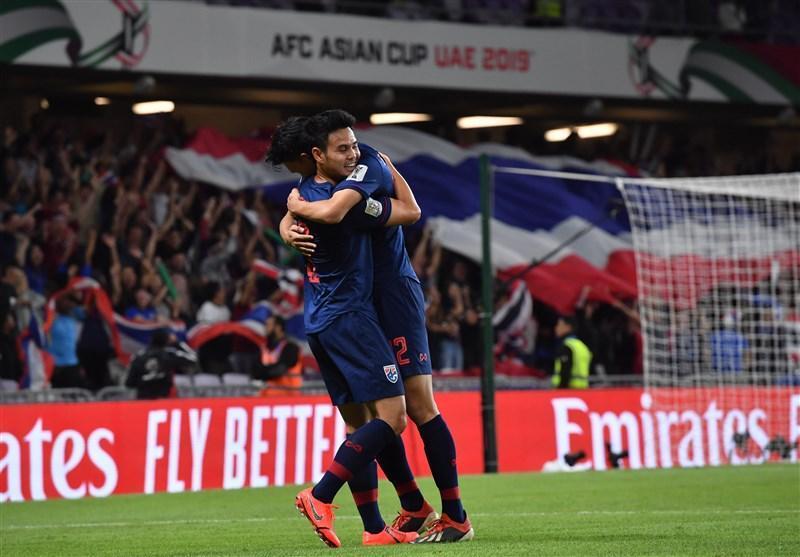 جام ملت های آسیا، فزونی یک نیمه ای تایلند مقابل چین