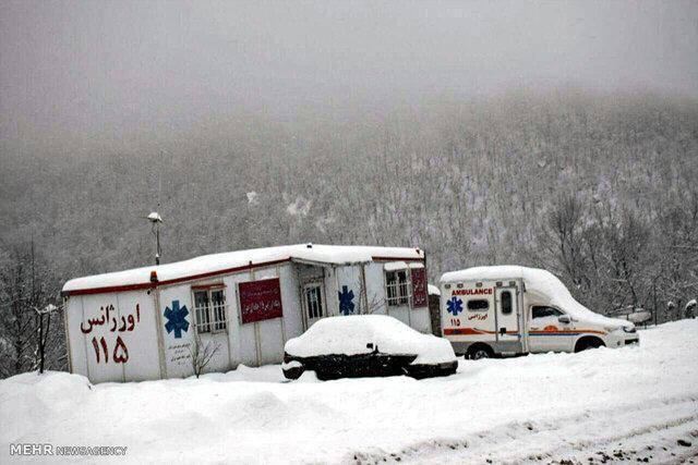 استقرار آمبولانس های جدید اسدآباد در مناطق صعب العبور و برف گیر
