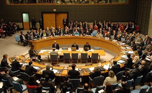 کوشش آمریکا برای تمدید محدودیت خرید تسلیحات توسط ایران در شورای امنیت