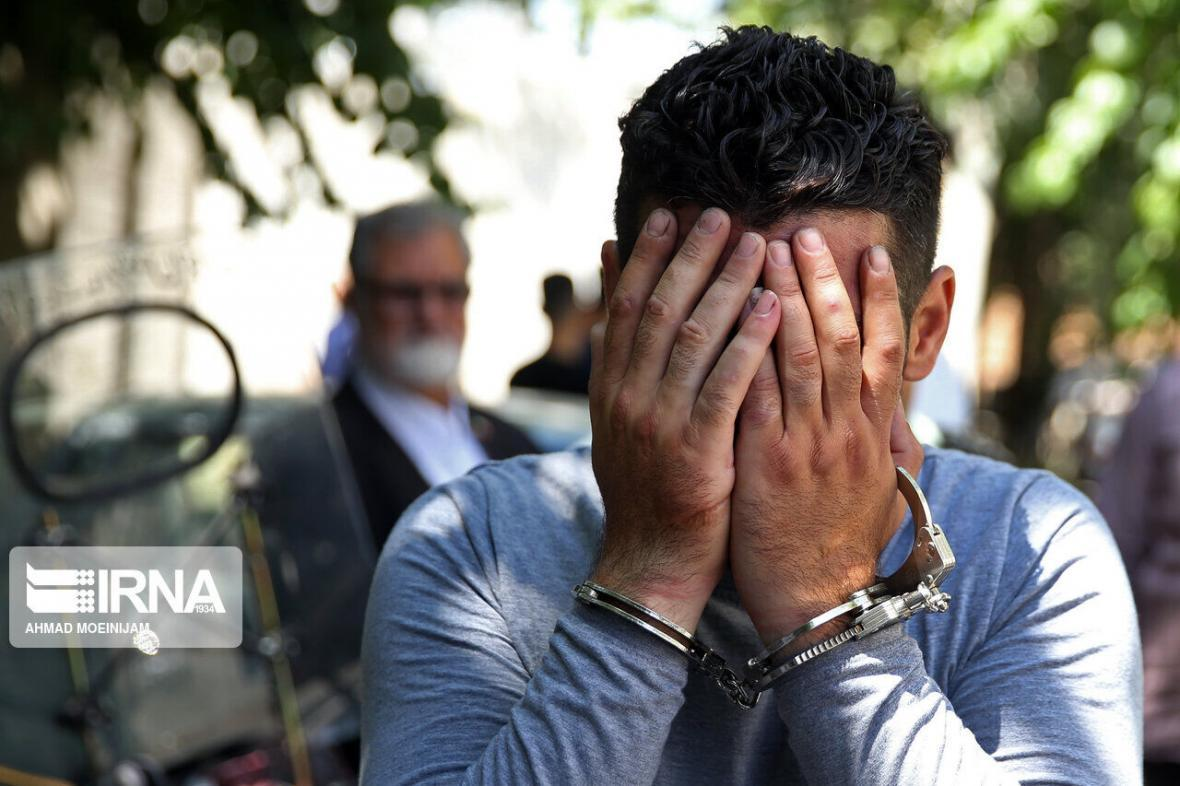خبرنگاران دزد حرفه ای منازل مهاباد در غرب کشور دستگیر شد