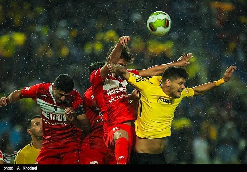 لیگ برتر فوتبال، پیروزی یک نیمه ای نساجی مقابل سپاهان
