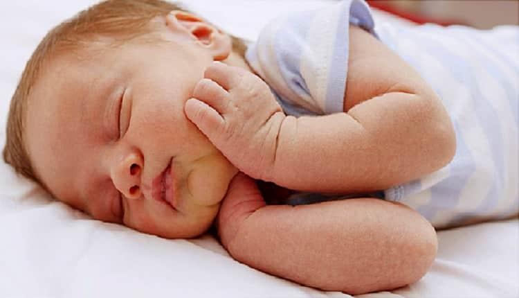 زردی نوزاد تا چند روز ادامه دارد و علت آن چیست؟