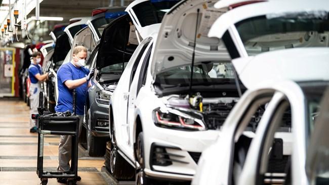 اقتصاد آلمان بیش از آنچه به نظر می رسد، بیمار است