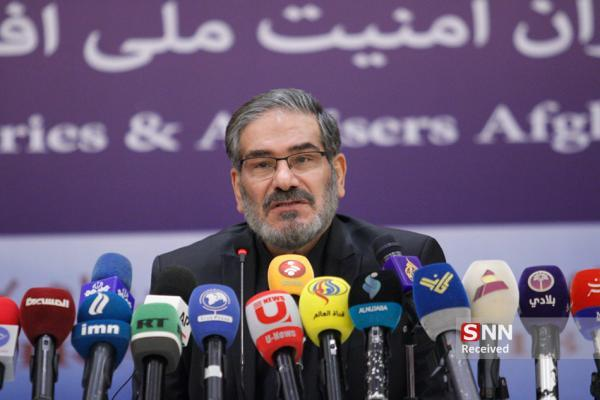 شمخانی: عدم لغو تحریم ها مسائل داخلی ایران نیست خبرنگاران