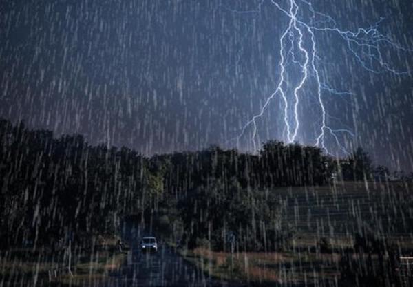 شرایط آب و هوا امروز جمعه 27 فروردین 1400؛ بارش باران و وزش باد شدید 5 روزه