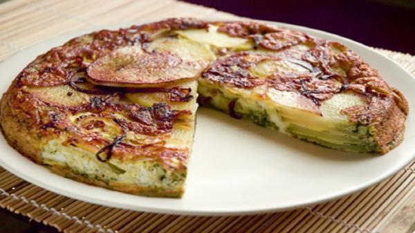 دستور پخت تورتیلا گوشت و سبزیجات؛ غذای اسپانیایی خوشمزه
