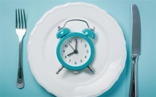 اگر میلی به خوردن صبحانه ندارید، بخوانید